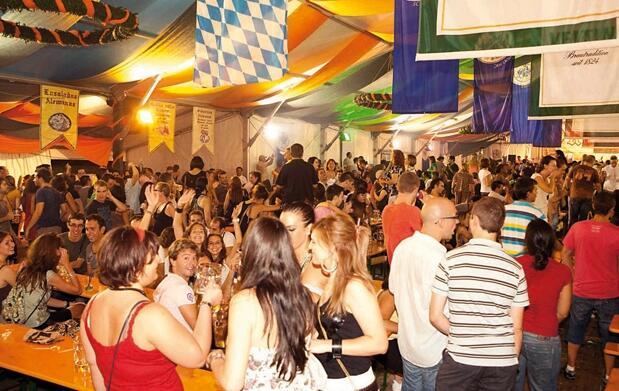 Cerveza y Salchichas en Oktoberfest