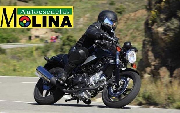 Tu carnet de moto por muy poco