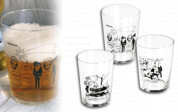12 vasos con los mejores chistes