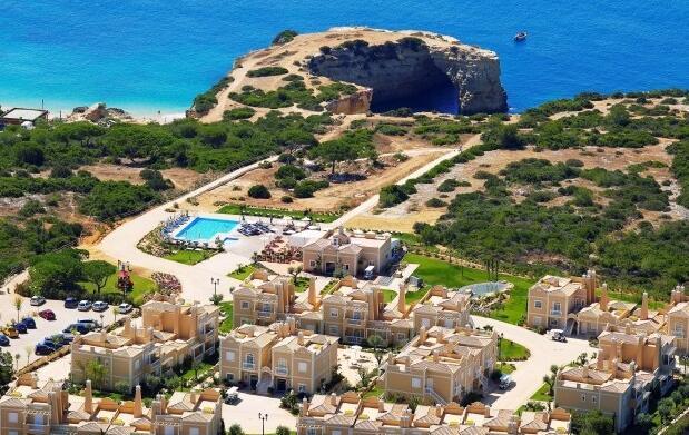 Alojamiento, desayuno y Spa para 2 en Algarve