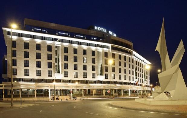 Noche de hotel mas desayuno mas parking por sólo 60 €
