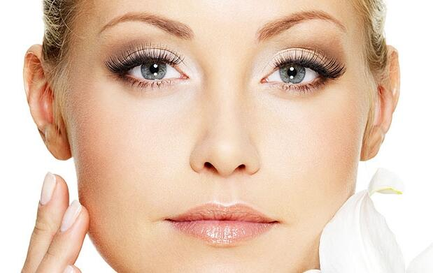 Tratamiento facial anti-ageing con caviar