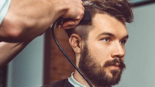 Corte caballero + lavado + peinado + masaje capilar desde 5 €