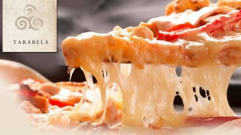Principal a elegir (solomillo, pasta o pizza) + 2 entrantes + 2 bebidas