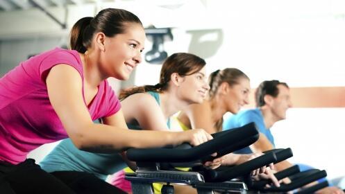 1 día acceso a YO10: fitness + clases+ piscina+ spa