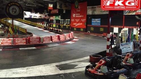 Supertanda de karting (16 min) + Bebida para 1, 3, 5 o 6 personas