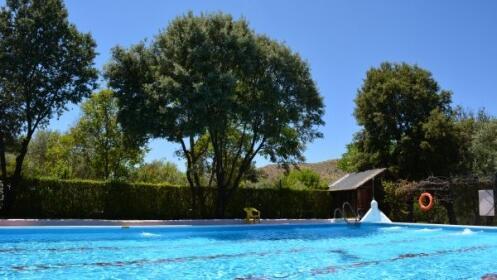 Disfruta de un fin de semana en camping Las Lomas