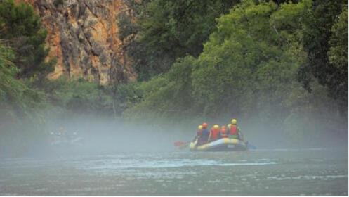 Rafting en el Cañón de Almadenes + visita 2 cuevas+ reportaje fotográfico