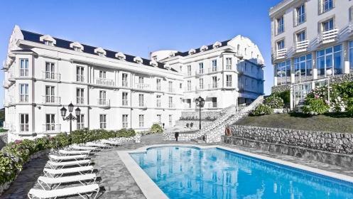 Escapada a Gran Hotel Suances****