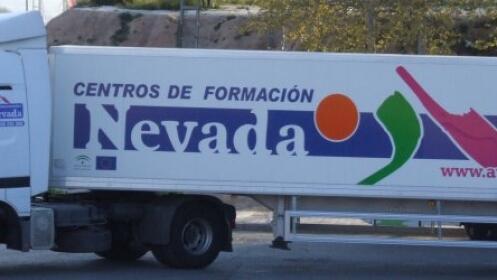 Sácate el permiso de camión o el curso CAP desde