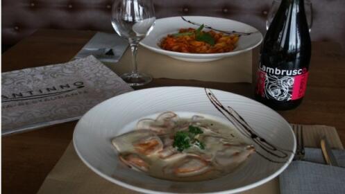 Menú italiano gourmet : 2 entrantes + 2 principales + postres + botella de vino